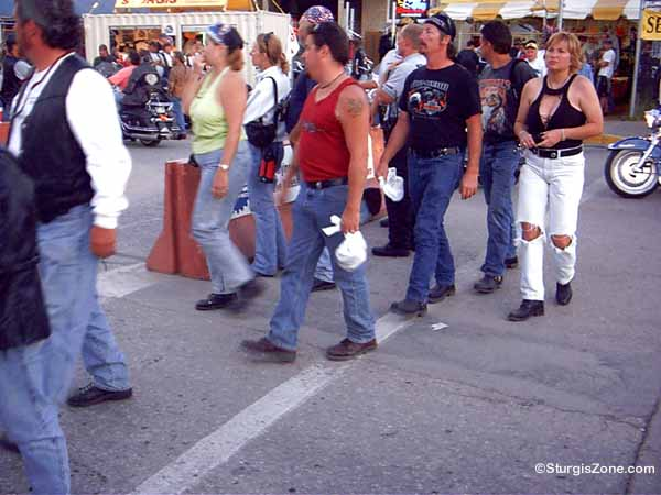 Sturgis Rally crowd